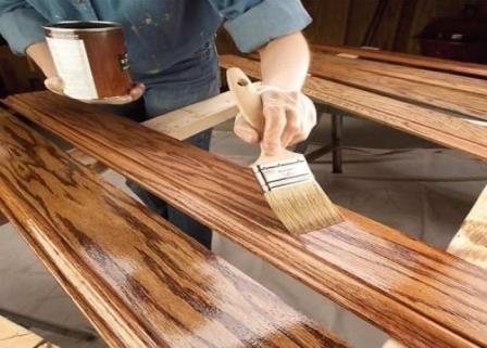 Как грамотно выбрать лакокрасочные материалы для дерева?